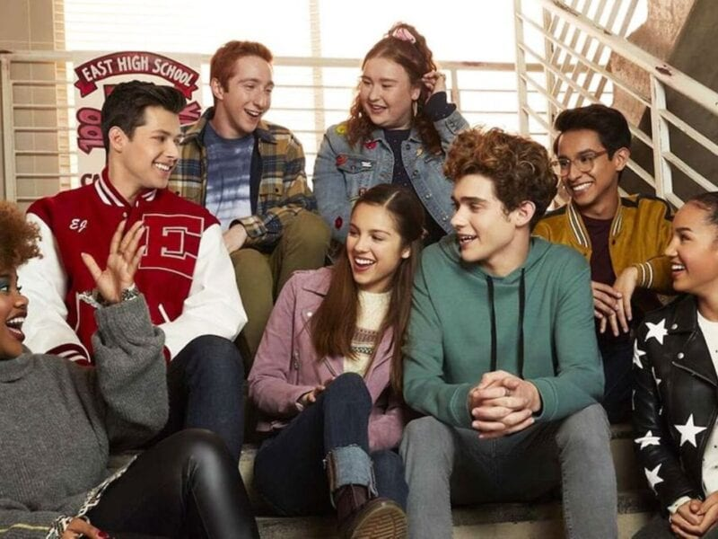 Who doesn't love the newest it-girl in the pop music scene, Miss Olivia Rodrigo herself? Will her drama offscreen find its way onto 'HSMTMTS' season 2?
