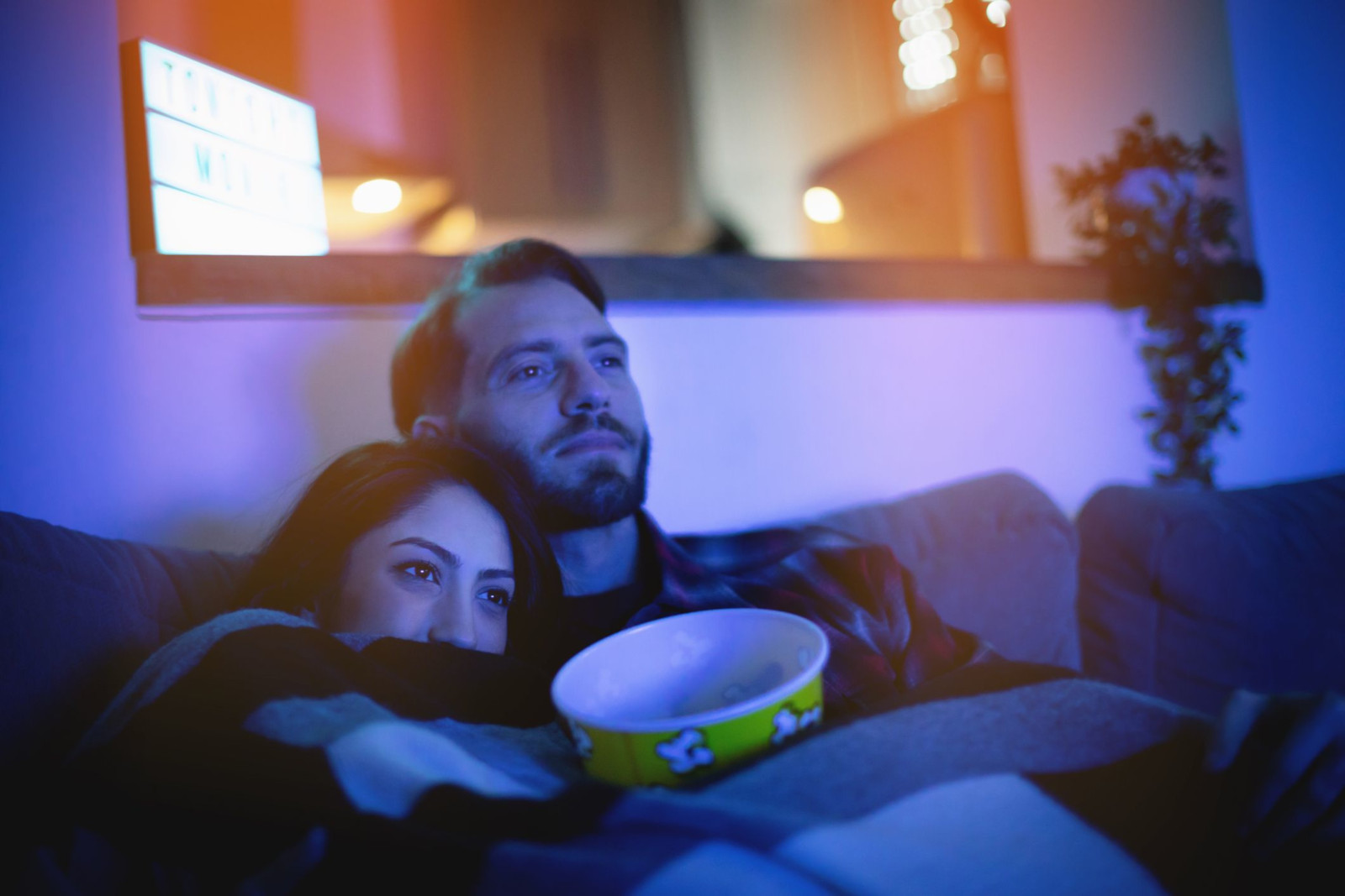 Is tonight date night? Plan a spectacular, unforgettable movie night with someone special! Check out these tips to make the evening perfect with ease!