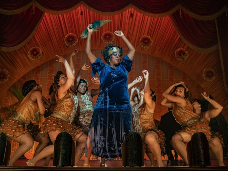 Who's in the mood for some singing and dancing? Take a look at our picks for the best musicals available on Netflix today.