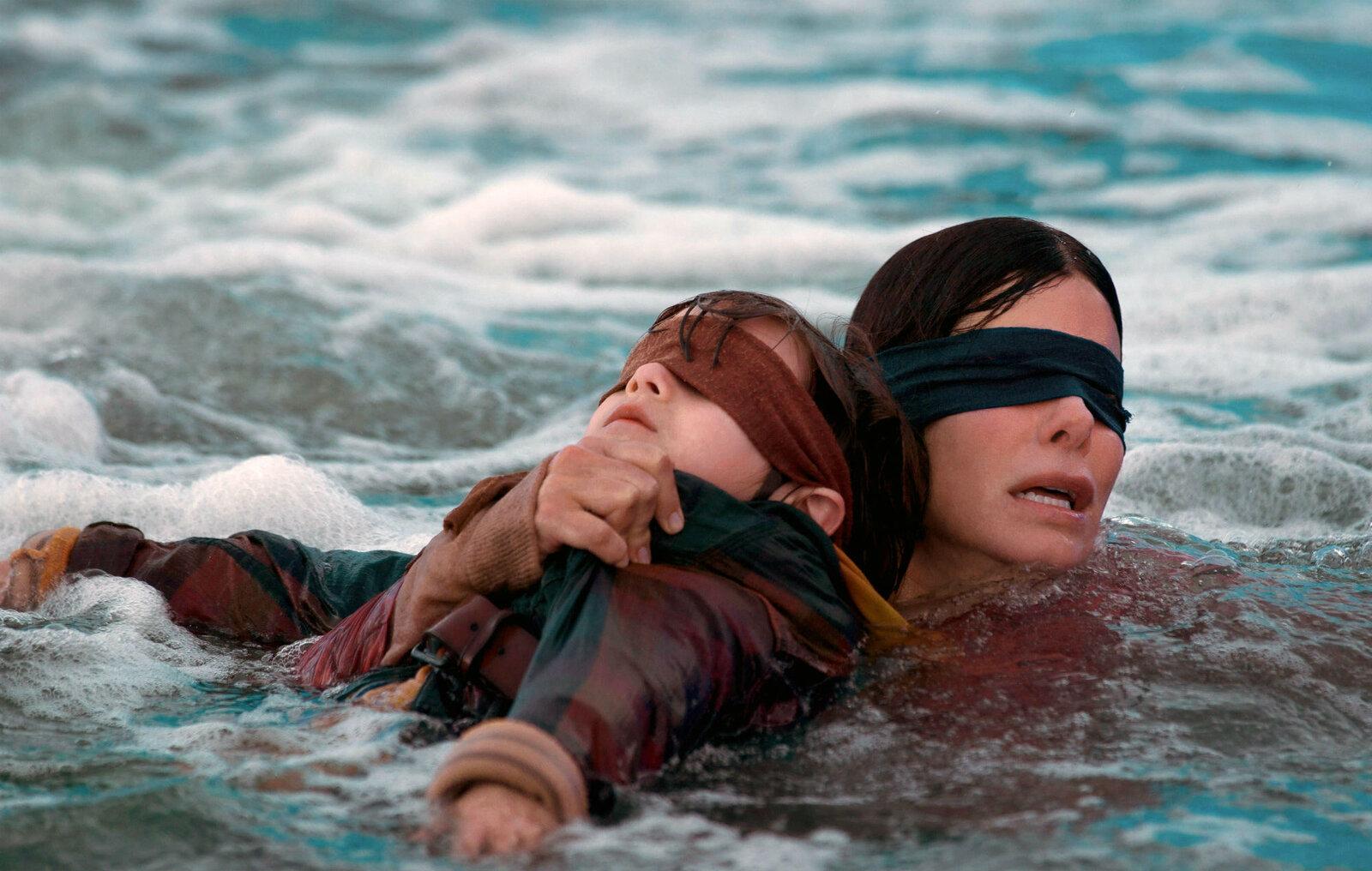Watch These Legendary Movies With Sarah Paulson – FilmyOne.com