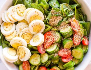 Fresh fruits & veggies keep your heart & stomach healthy. We've found some magnificent spinach salad recipes you and the whole family will love!