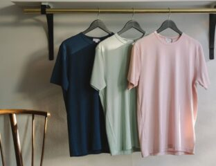 The most commonly used dress shirt used by men for causal dressing is pent along with a t-shirt. Check out these different types.