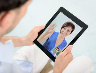 Random video chats can be tricky to master. Here are some tips on how to master these chats online.