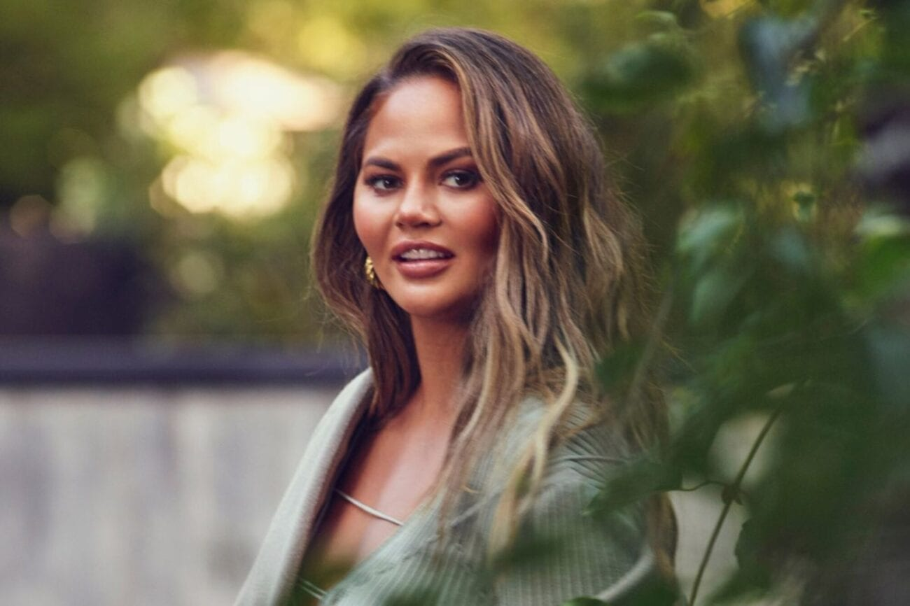 Is Chrissy Teigen really sorry for her awful tweets? You be the judge! Dive into her apology and see for yourself if it's sincere or not.