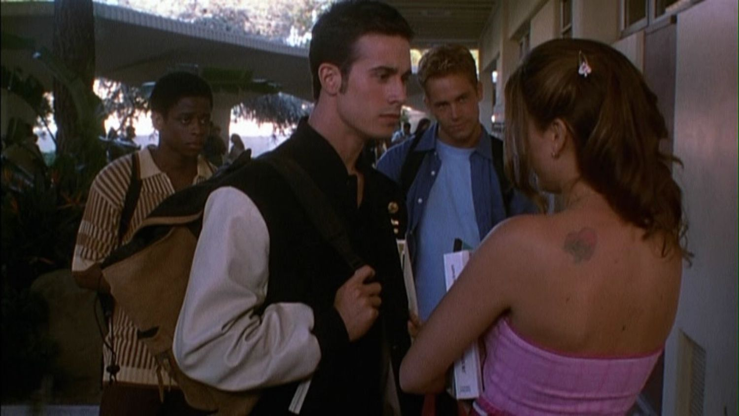 He's All That Reboot: Addison Rae's Remake of 1999's She's All That Comparison