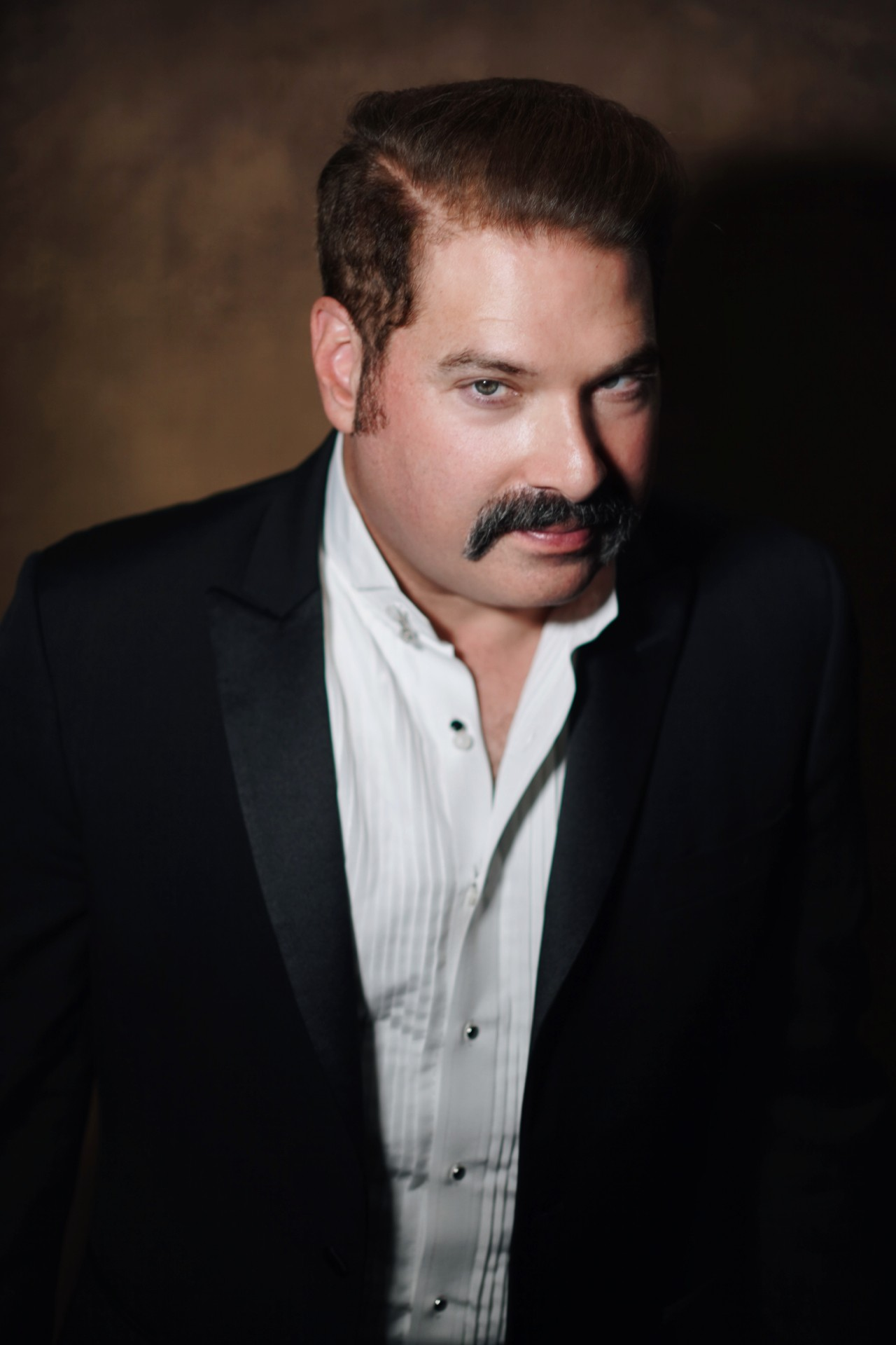 Joel Michaely is a wildly versatile actor with dozens of projects set for 2021. Learn more about the talented Michaely here.