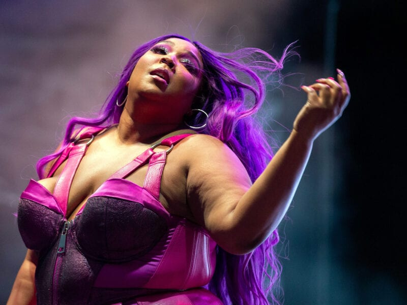 """Lizzo stays true to her """"Cuz I Love You"""" lyrics as she defends Demi Lovato's preferred pronounces. Why is this moment caught on camera important?"""