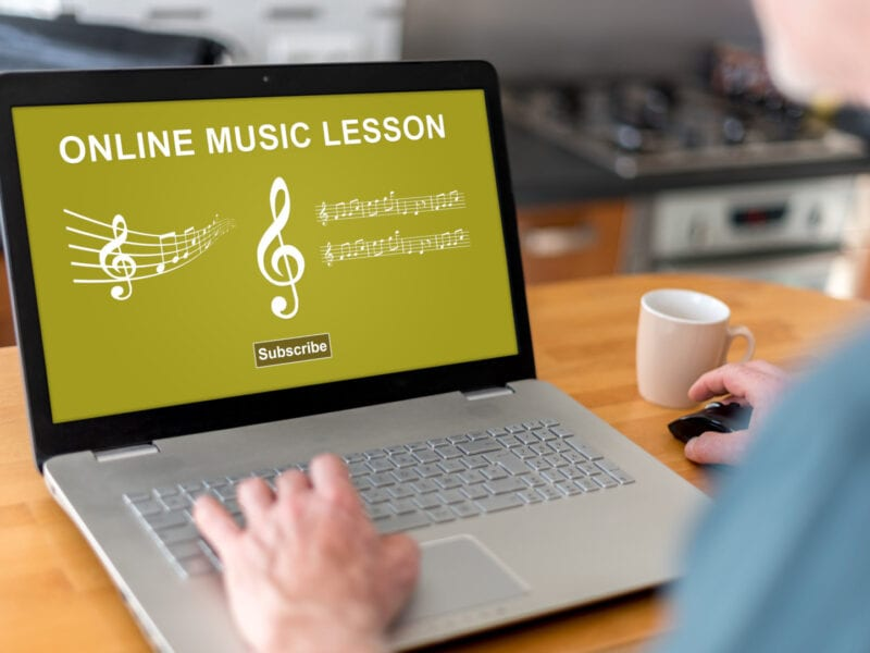 Don't let the COVID-19 pandemic deter your love of learning music! Find the best online music lessons now with these helpful tips!