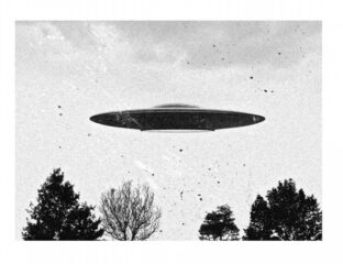 It's not hard to find the craziest topics on Reddit, but have you checked Reddit reports on UFOs? Here are the wildest stories.