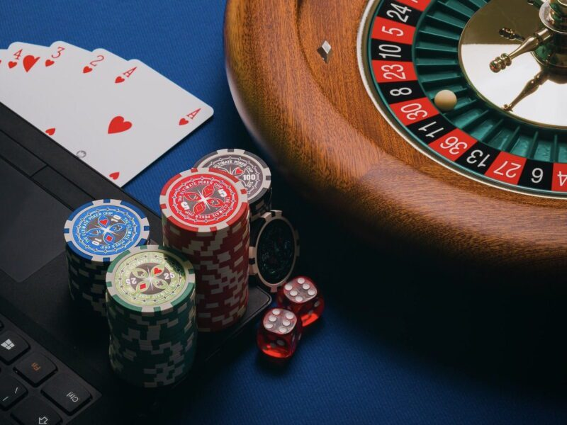 Are you thinking of taking a trip to Bangkok? Review the rules and regulations of casinos and online gambling in Thailand before you go.