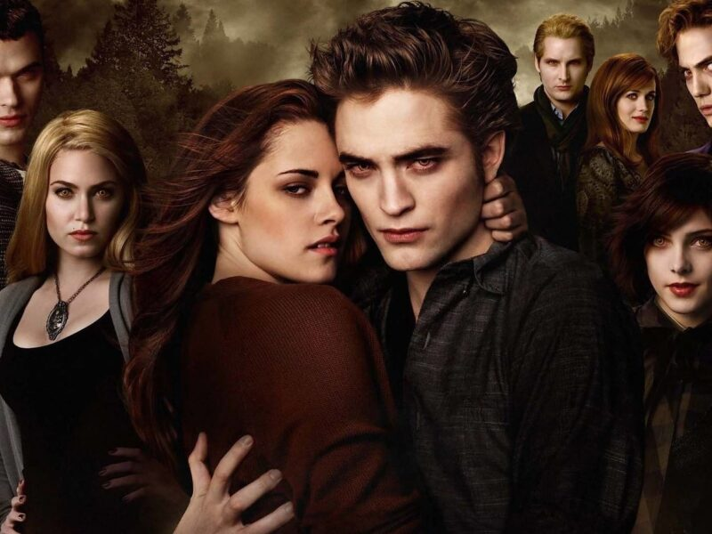 The cringy beauty of 'Twilight' never seems to fade! Fans are watching the series on Netflix and making a TikTok trend to honor the vampire romance.