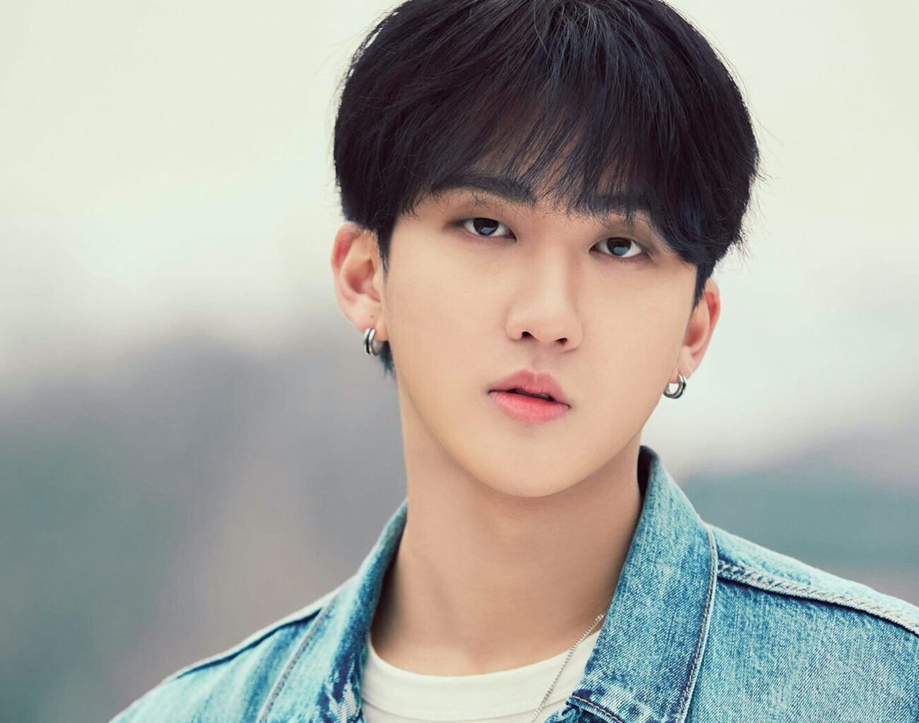 Stray Kids' Seo Changbin turns twenty-two today! See the official announcement and how fans all over the world are celebrating the K-pop star's birthday.