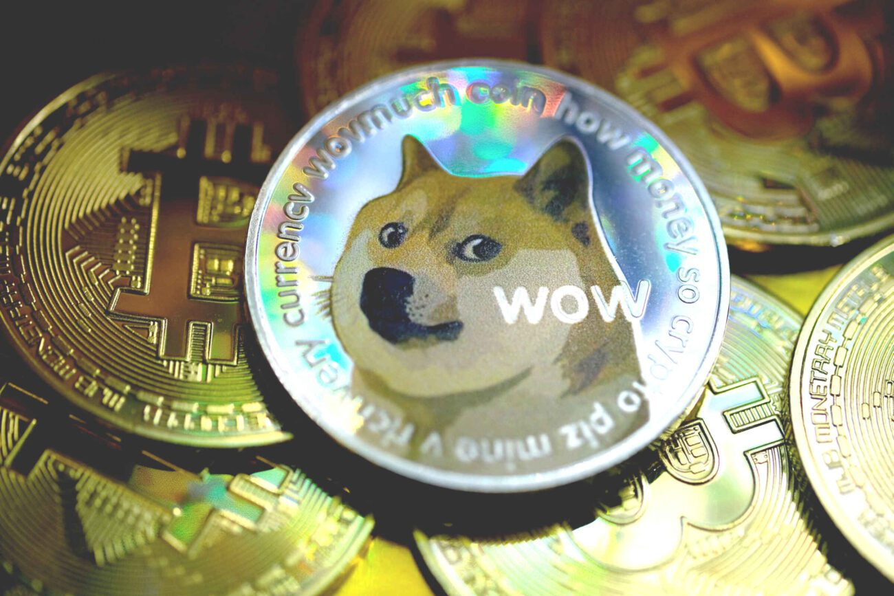 Doge will be a sad dog until you laugh at his memes. Check out our picks for Twitter's most hilarious memes about a cryptocurrency that began as a joke.