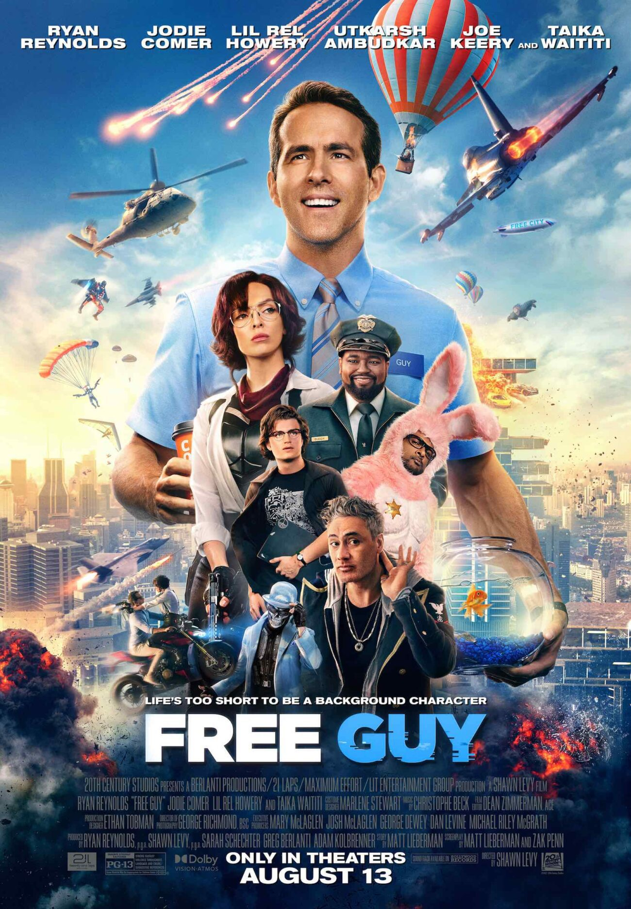 There's only one week left before the premiere of Ryan Reynolds's newest movie 'Free Guy'. Get your controllers ready and dive into these early reactions!