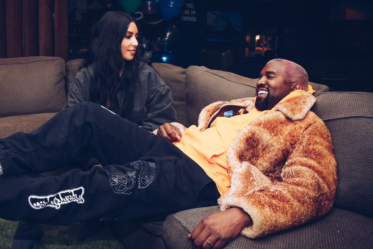 News of Kim Kardashian's divorce from Kanye West has been big news! Now that she's worn a wedding dress to his DONDA event, are they back together?