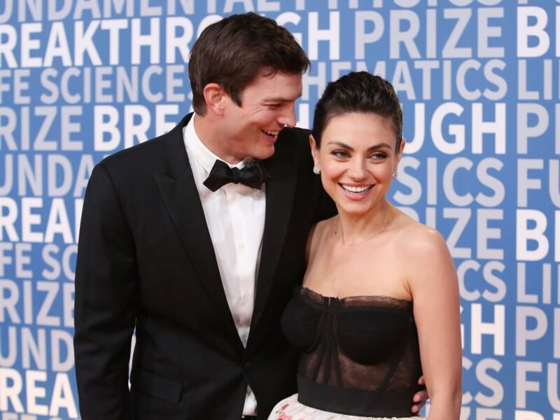 You can all unclutch your pearls: Mila Kunis and Ashton Kutcher have decided bathing their children is okay after all. Laugh with their response to critics!