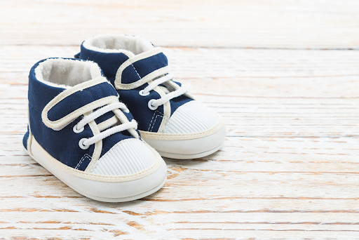 Good baby shoes are tough to find. Here's a rundown of the best baby shoes available to purchase in 2021.