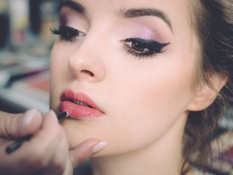 Ready to go to the big leagues? If you're trying to get to the top of the beauty influencer ladder, here's what you need to know before starting your climb.