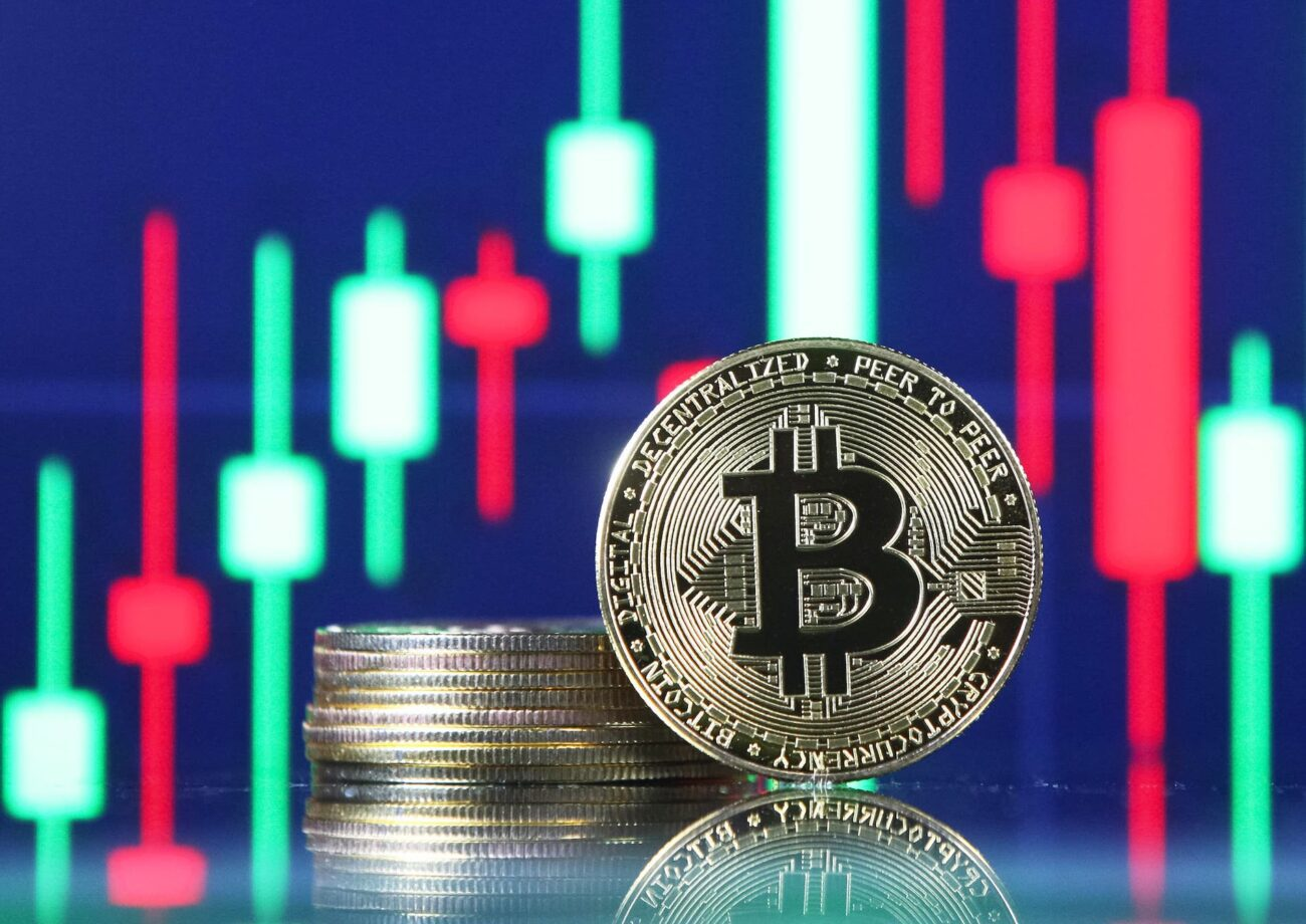 If you've been thinking about getting started in cryptocurrencies, now is the time to start. Read this reasons you should invest in bitcoin today.