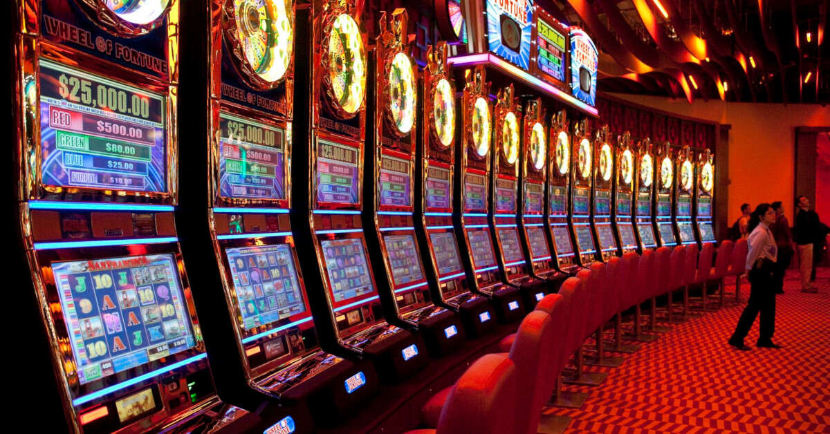 Being a good casino player can be tough. Here are some traits you want to avoid if you don't want to be a terrible casino player.