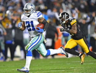Don't miss the NFL Hall of Fame playoff between the Dallas Cowboys and the Pittsburgh Steelers. Stream the game from anywhere in the world right now!