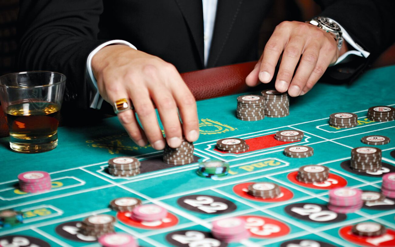 Have you ever wanted to be a good gambler? Get started learning a new, potentially profitable, skill with this helpful guide to all things gambling.
