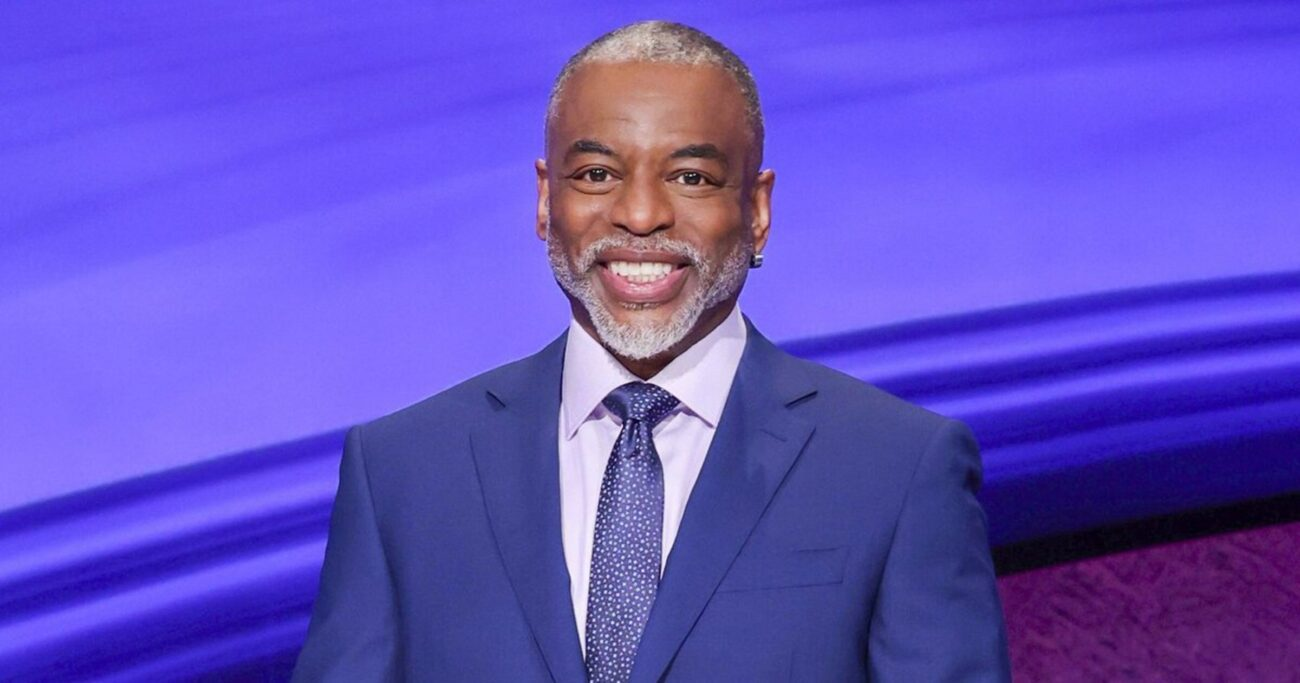 All rounds of 'Jeopardy' on or off screen, needs a host! LeVar Burton appears to have most of the votes but will he replace Mike Riachards? Find out!