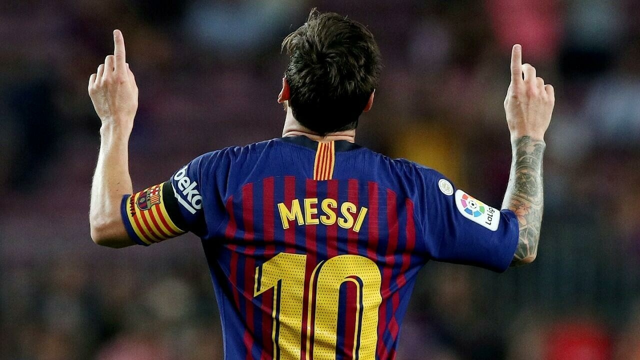 Lionel Messi won't be signing another contract with FC Barcelona. Why didn't the world famous sportsman continue his career in this football club?