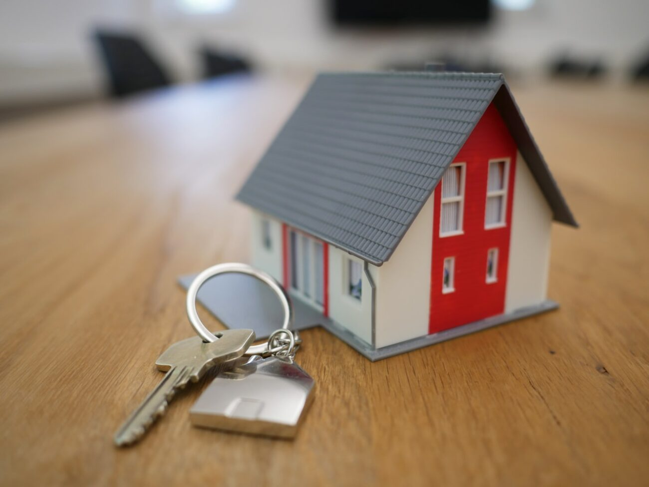 Moving to a new home can be difficult. That said, there are tons of benefits to moving, and here's a helpful list of them.
