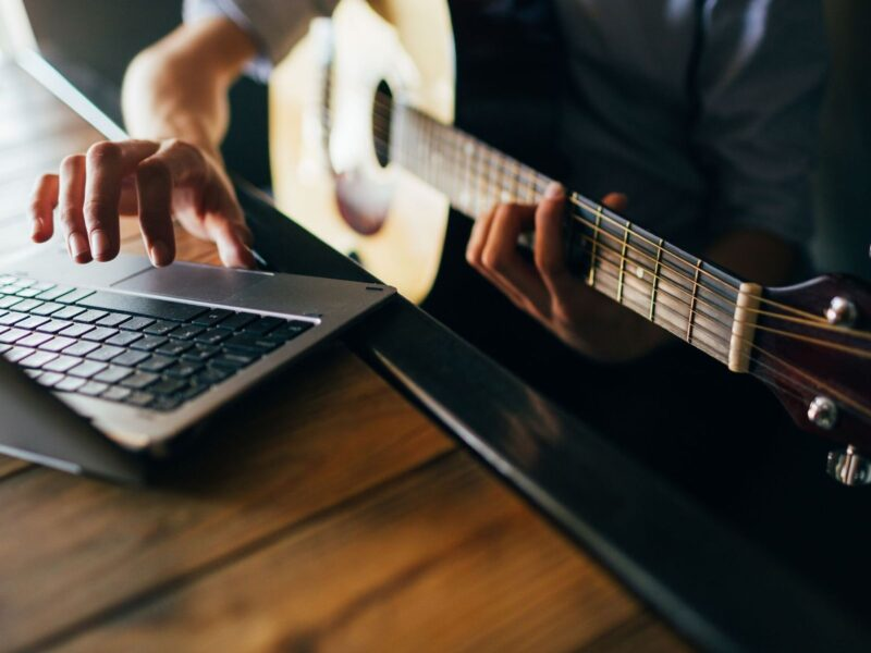 If you're still social distancing thanks to COVID, you can still make the most out of music learning. Here are four reasons you should take online classes.