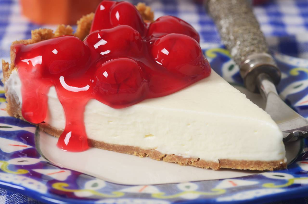 Cheesecakes have a distinct position in the desserts kingdom. Here's how you can create a no-bake cheese cake.