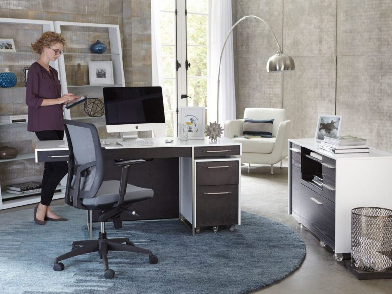 Feeling unmotivated? It could be your décor. Treat yourself to the office of your dreams and feel more productive than ever before with these tips!