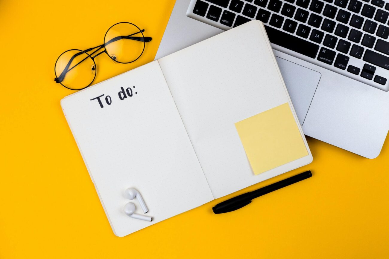 There's a huge amount of new apps that help you manage tasks at work. Look at the best ones that you and your team should start using right away.
