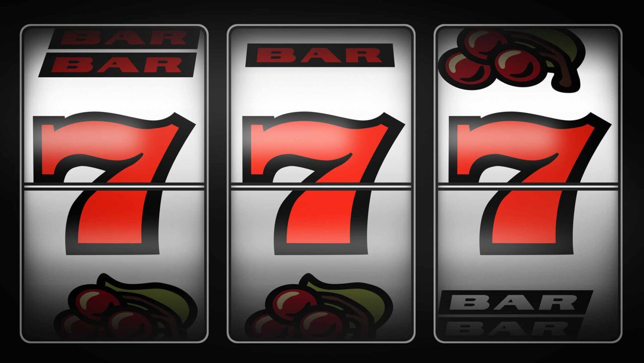 There are lots of places to play casino games online, but how can you make sure you're getting a good deal? Learn all about 777 Pokies here!