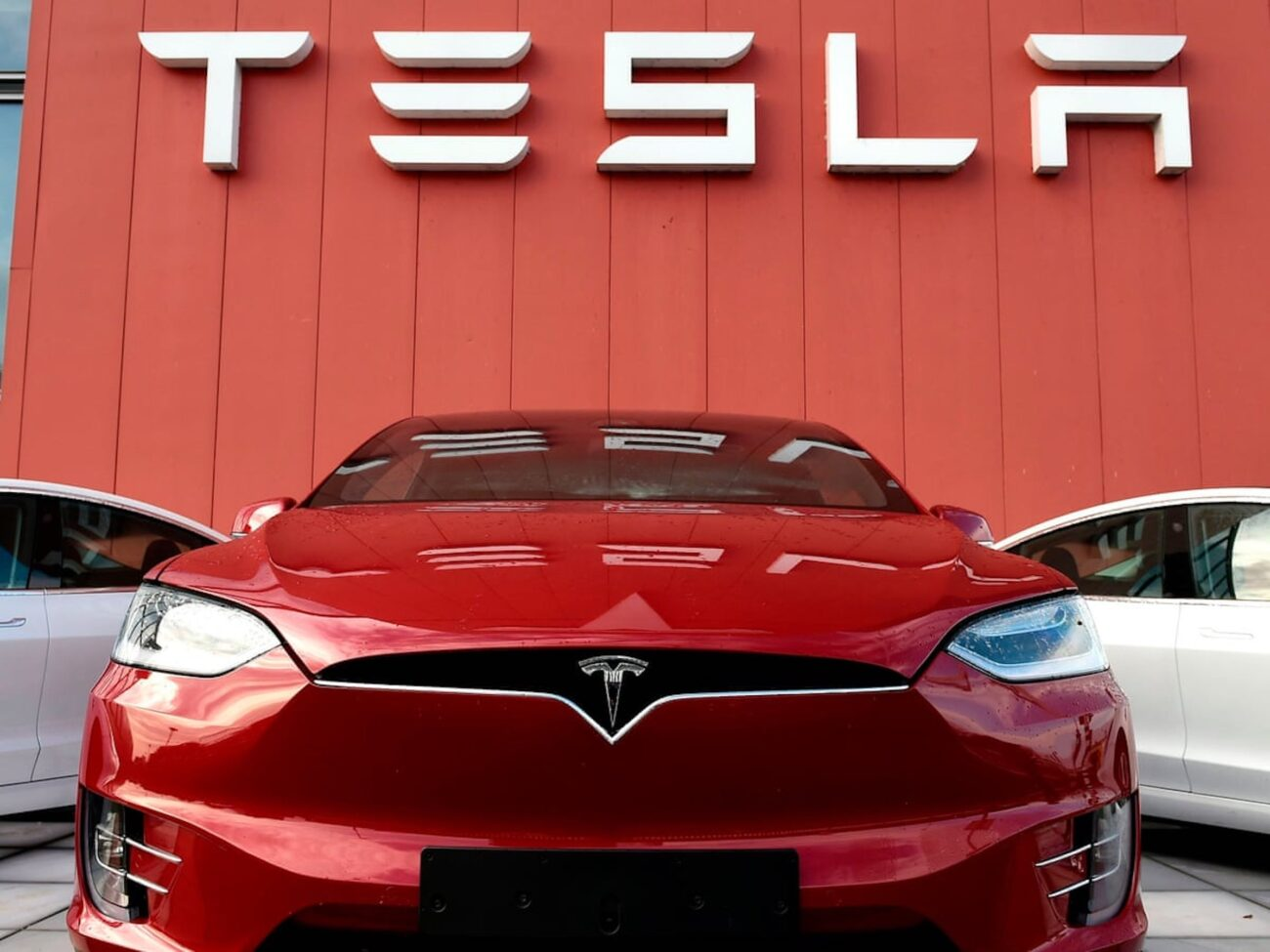 As Tesla releases its new auto pilot beta test, many are concerned about the safety of the program. Here are all the details on Tesla's latest software.