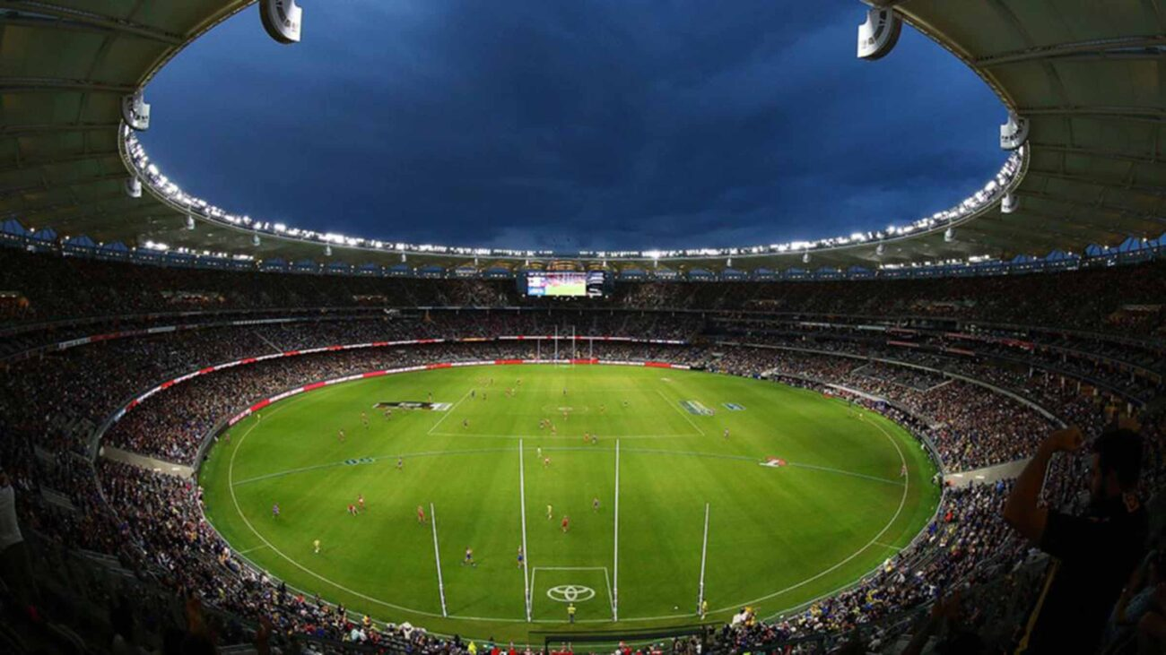 Don't miss the exciting action of the AFL Grand Final 2021! Learn where you can stream the game between Melbourne and the Western Bulldogs!