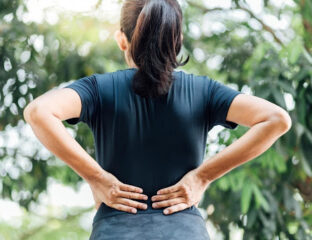 Why are women more likely to experience back pain than men? Is it their health? Stop shouldering heavy burdens and make these lifestyle changes!