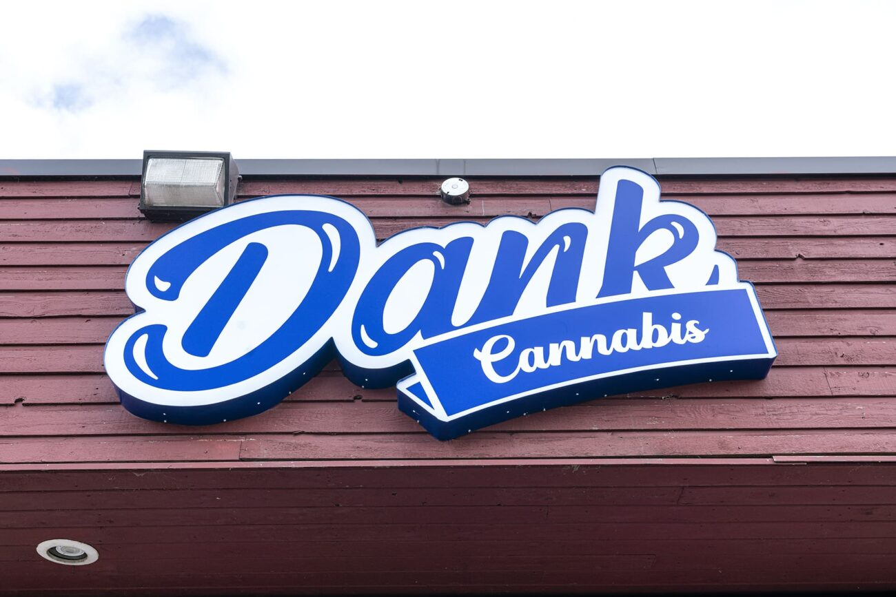 Cannabis suppliers are popping up all over Canada to meet the growing demand for weed. Discover one of the best new weed stores in Canada today.