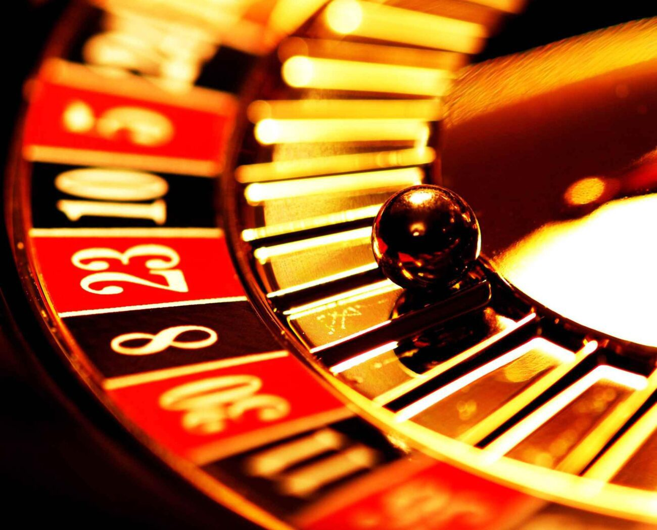 There's more that goes into successful gambling than just luck. Learn about the different casino rewards you can use to boost your winnings right here.