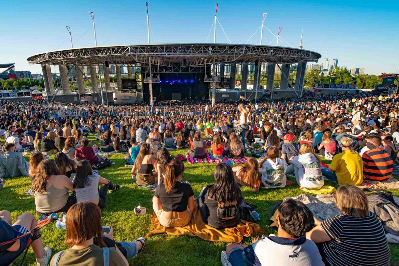 Find the best concert tickets for upcoming concerts near you. Get great concerts in 2021-2022 for many top artists performing on a tour near you.