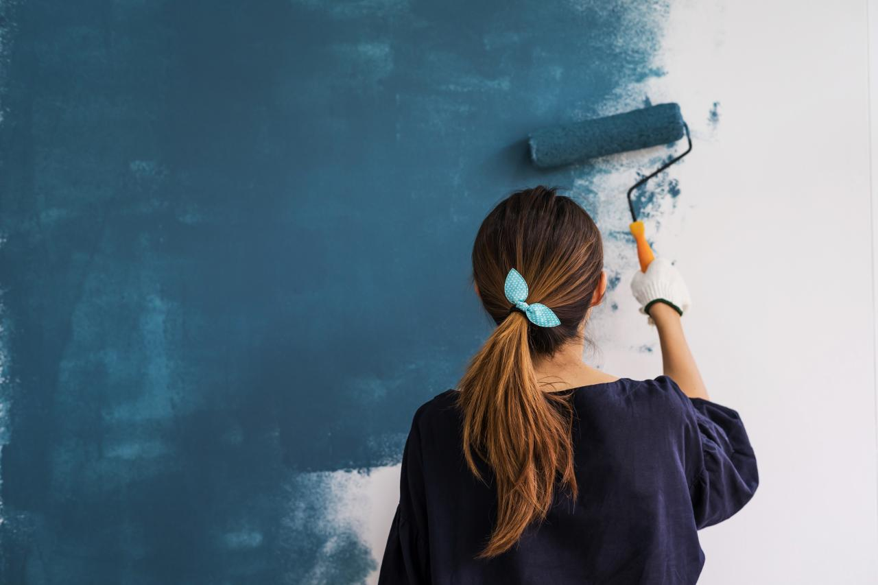 Many people are oblivious about the impacts of painting and how to maintain it to give your house the look you desire. Here are some house painting tips.