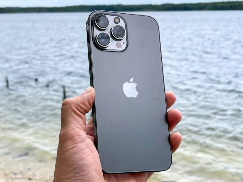 Apple fans are psyched about the release of the iPhone 13 Pro Max. Discover all the exciting new features that are packed into Apple's latest device today.