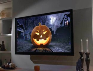 October is almost here, Halloween heads! Rip open our lists of the best movies and series coming to Netflix for the month kicking off spooky season.