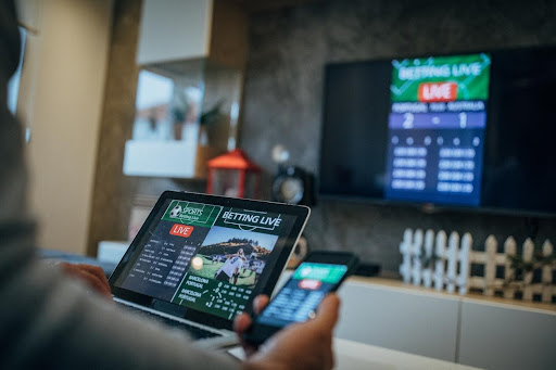 Are you on the online gaming bandwagon yet? If not, what are you waiting for? Here's the real reason online gambling is more popular than ever now.