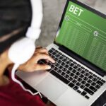 The measure of benefit is controlled by the stakes. Learn the best strategies in online betting here.