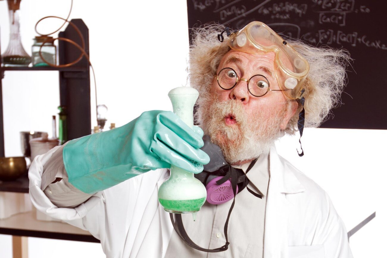 Fancy getting in touch with your inner scientist? Dissect our list of some of the greatest science jokes on the web today to get your chuckle on.