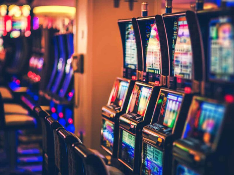 If you're diving into online casinos for the first time, there are some red flags to watch out for. These are the signs you picked a winning slot site.