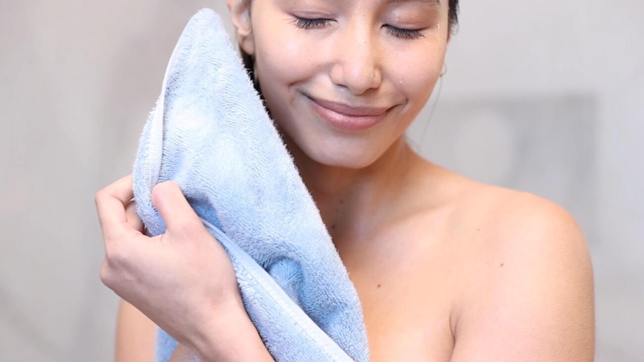 Everyone loves a relaxing bath or shower, but bacteria on your towel could cause harm! Learn all about how to protect against bacteria in the bathroom!