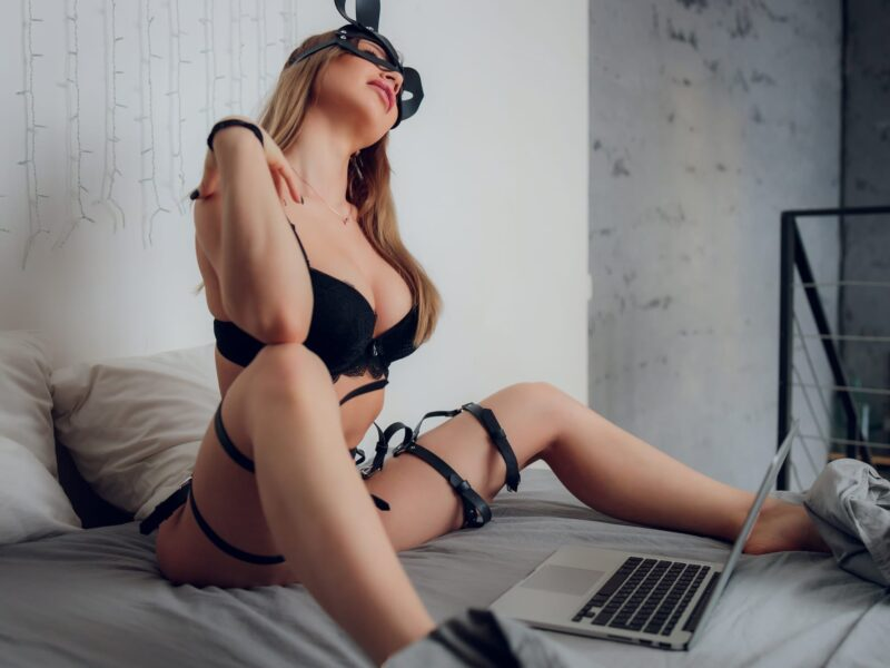 Adult cam sites are revolutionizing the porn industry and improving people's sex lives. Get in on the hottest new trend on the internet today.
