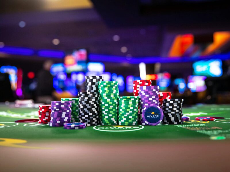 Looking to make your first trip to a casino? Dive into the details and learn the unwritten, and written, rules of gambling in real casinos!